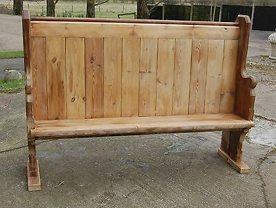 A LARGE VICTORIAN PINE CHURCH STYLE PEW ref 384