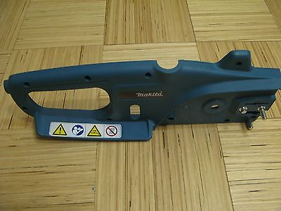 Makita Uc3010A Electric Chainsaw Case Right Cpl 210110620