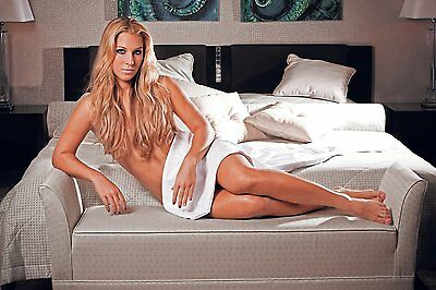 Dominika Cibulkova 8X10 Glossy Photo Picture