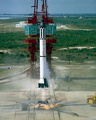 Astronaut Alan Shepard NASA Mercury-Redstone Rocket Launch Photo