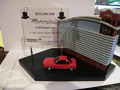 MOTOR CITY CASINO - Rare find - Financing lucite and statue - Detroit history