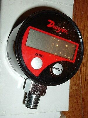 NEW! Dwyer 68030 Electronic Pressure Gauge 0-30 PSI