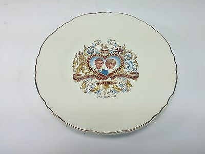 Collector Plate Prince Charles and Lady Diana Commemorative Wedding Plate 1981