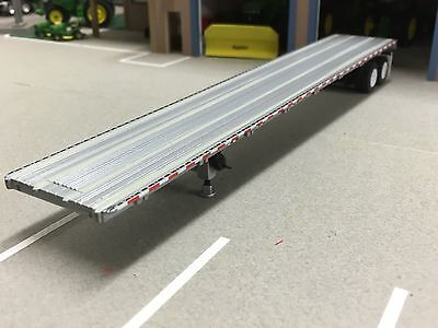 1/64 Dcp Silver Road Brute Flatbed Trailer