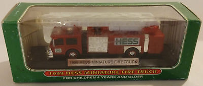 1999 Hess Miniature Fire Truck Nib - China