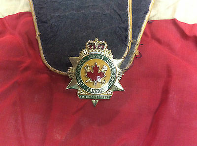 obsolete corrections service canada cap badge shoulder flashes a1 condition