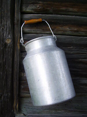 Vintage Aluminum Milk Can with Lid & Wooden Handle 10L