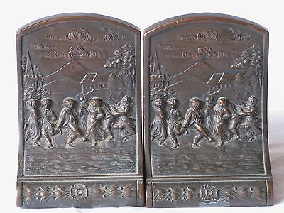 Exquisite Jennings Brothers Bronze Figural Bookends