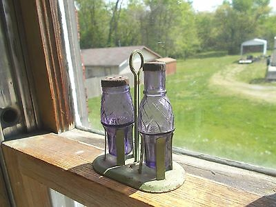 PAIR OF AMETHYST GLASS SALT & PEPPER SHAKERS CONDIMENT BOTTLES IN STAND 1890s