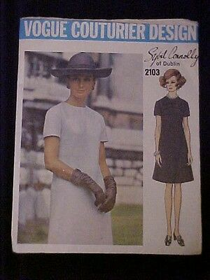 Vintage Vogue Couturier Design Sybil Connolly of Dublin Dress Pattern 2103