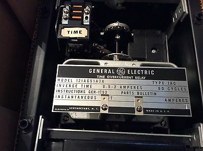 General Electric TIME OVERCURRENT RELAY 121AC51A3A Type 1AC 0.5-2 ampers NOS