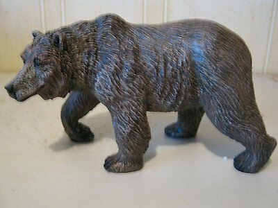 Plain Grizzly Bear Country Statue Bcg