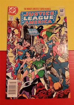 """justice League America"""" #212 March 1983 - Dc Comics * To Save One Man!"
