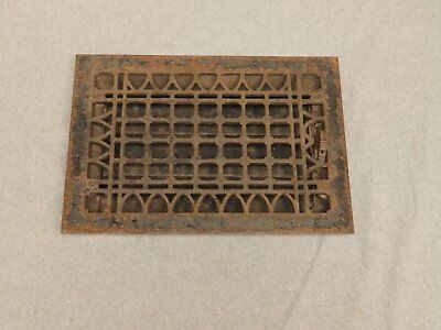Antique Cast Iron Gothic Heat Grate Register Vent Old Vtg Hardware 621-16