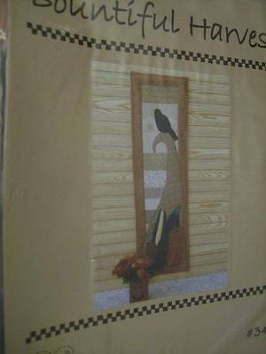 Bountiful Harvest Quilt Sewing PATTERN Crow On Top Of Horn Of Plenty 11x36 Inche