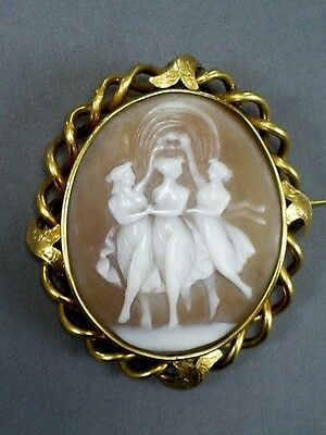 Lovely Antique Victorian Carved Shell 3 Graces Cameo Brooch In Pinchbeck Mount