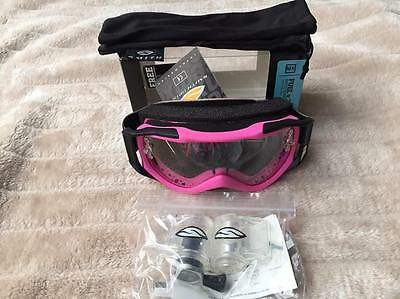 Smith Fuel V2 F.A.T 2-Layer Foam Goggles Hot Pink Free Roll Off System