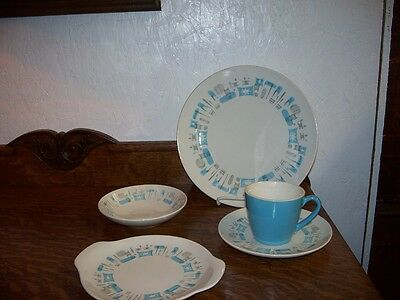 Blue Heaven China 5 Pieces By Royal China!