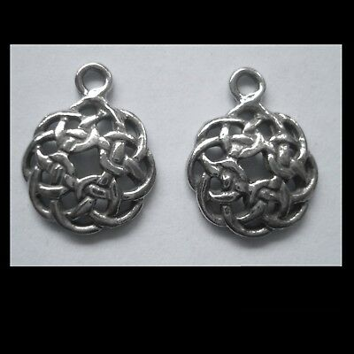 PEWTER CHARM #2359 x 2 CELTIC KNOT CIRCLE (17mm x 12mm) 1 bail