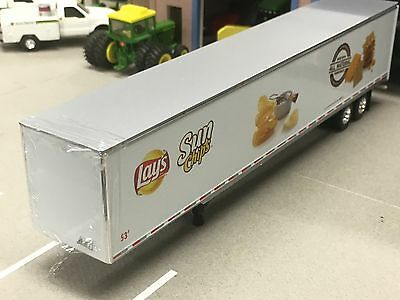 1/64 Dcp White 53' Dry Van Freight Trailer