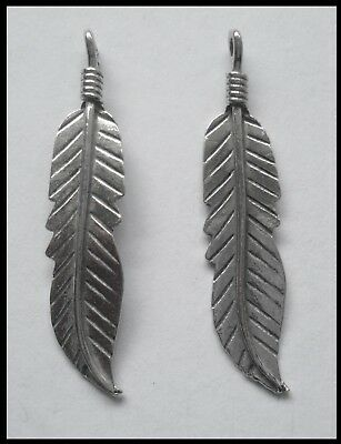 PEWTER CHARM #2385 FEATHER x 2 (35mm x 8mm) 1 bail