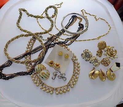 Crown Trifari Jewelry Lot Earrings Bracelet Signed