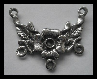 PEWTER CHARM #1516 FLOWER JOINER (32mm x 26mm) 2 bails 3 loops CONNECTOR
