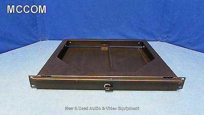 Mid-Atlantic 1RU Pullout Drawer for Rackmount w/ lock
