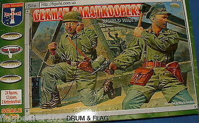 Orion 72018. Ww2 German Paratroopers. 1/72 Scale. Paras Paratroops