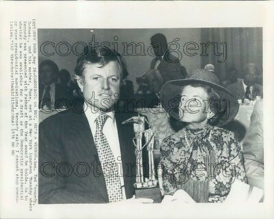 1976 US Senator Ted Kennedy With Mother Rose Press Photo