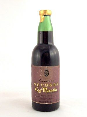 Miniature circa 1973 ANGOVE'S SEVOGNA EGG MARSALA 71ml Isle of Wine