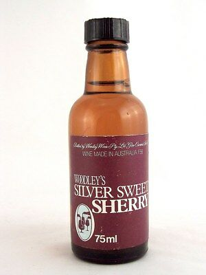 Miniature circa 1973 WOODLEY'S SILVER SWEET SHERRY 75ml Isle of Wine