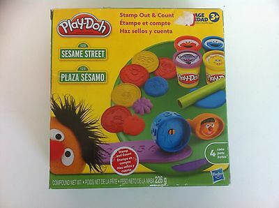 Play-Doh Sesame Street Stamp Out & Count