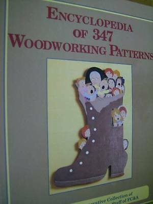 Encyclopedia Of 347 Woodworking Patterns Book Wreaths, Clocks, Lamps, Toys, Cand