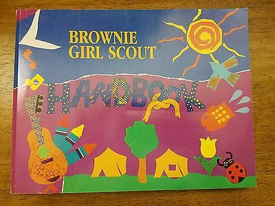 Brownie Girl Scout Handbook 1993 PB Girl Scouts of America