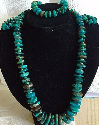 Real Turquoise Graduated Necklace set, Navajo made Beautiful craftsmanship wires