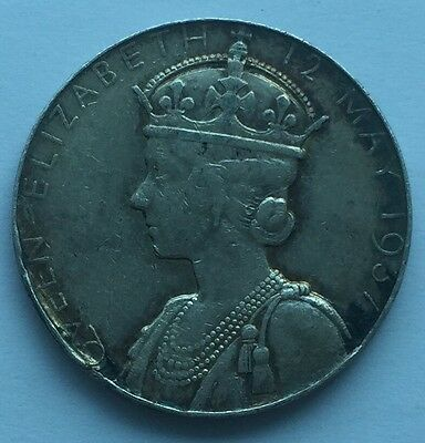 Queen Elizabeth & George VI  Commemorative Medallion / Coin - Free U.K Postage