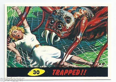 1994 Topps MARS ATTACKS Base Card # 30 Trapped