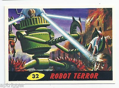 1994 Topps MARS ATTACKS Base Card # 32 Robot Terror