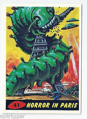 1994 Topps MARS ATTACKS Base Card # 41 Horror In Paris