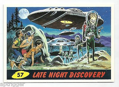 1994 Topps MARS ATTACKS Base Card # 57 Late Night Discovery