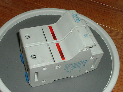 NEW! Ferraz Shawmut US6J2I Enclosed Fuse Holders Type: US6J Class J