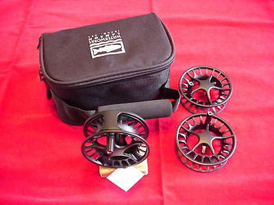 Lamson Liquid 2 Plus 3 Fly Reel and 2 Spools  GREAT NEW