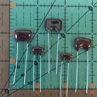 30 CD CM05 110pF 5/% 500Volts Dipped Mica Capacitor