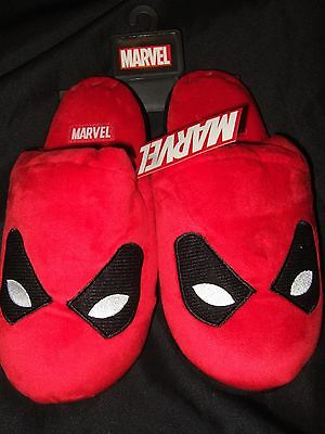 NWT Adult 9-10 Deadpool Merc Character Face Mask Plush Slippers Marvel Comics