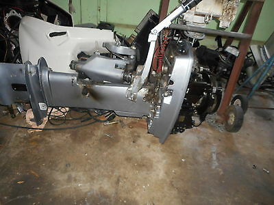 Johnson/evinrude 25Hp 2000 Model Wrecking ,all Parts Available From $10.00