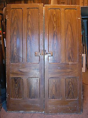 A LOVELY PAIR OF PINE DOORS WITH OAK EFFECT PAINT ref 428