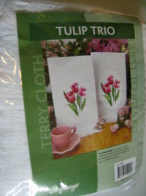"""Tulip Trio Guest Towels Embroidery Kit -2 Towels 16x25"""""""