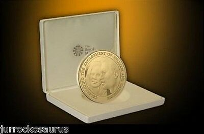 2010 £5 Royal Engagement William Kate New Commemorative G/P Coin