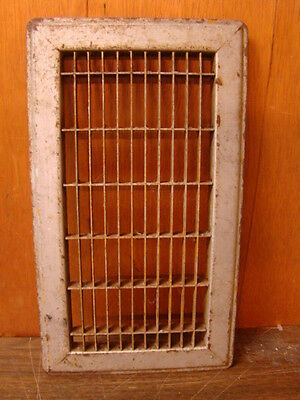 Vintage 1920S Iron Heating Grate Rectangular Design 14 X 8